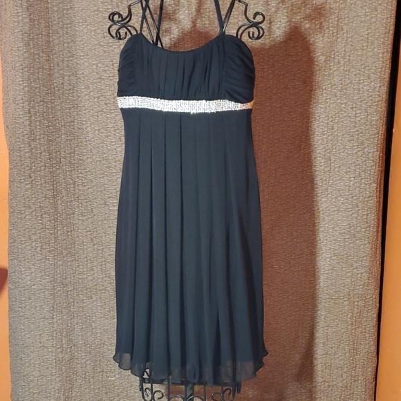 City Triangles Dresses & Skirts - City Triangles Dress